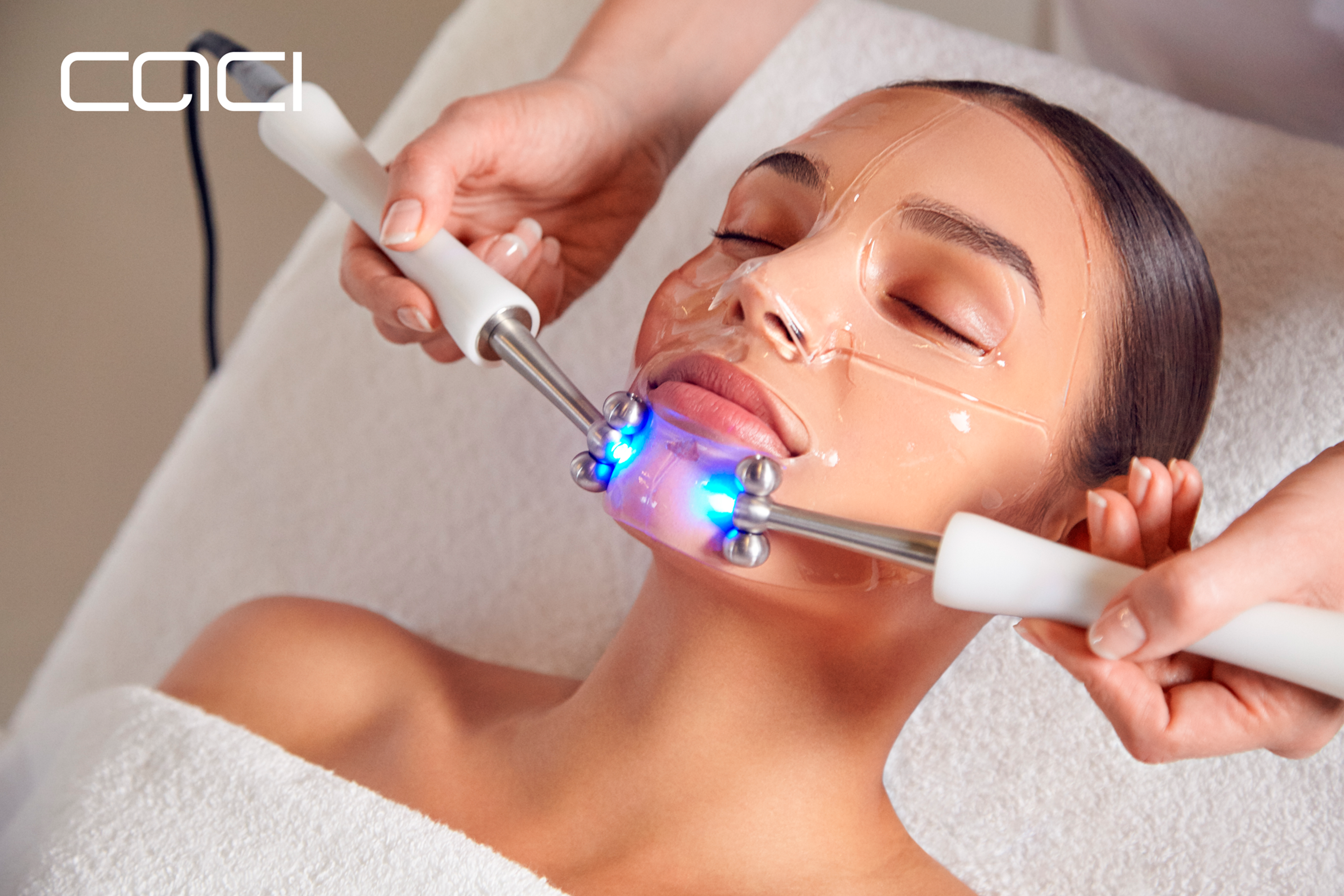 Hydra Mask Facial with LED lights