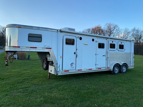 USED 2003 Exiss 3 Horse with 8' Living Quarters 7' Wide Stock #3030