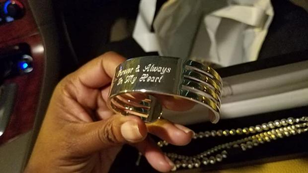 bracelet.webp