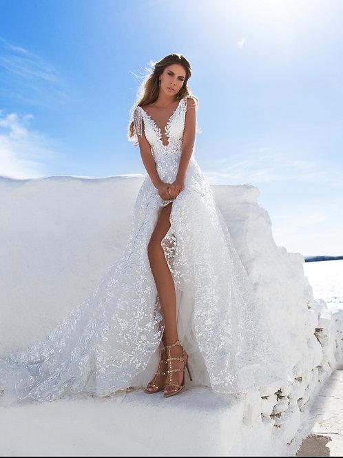 Elly Bride Laura