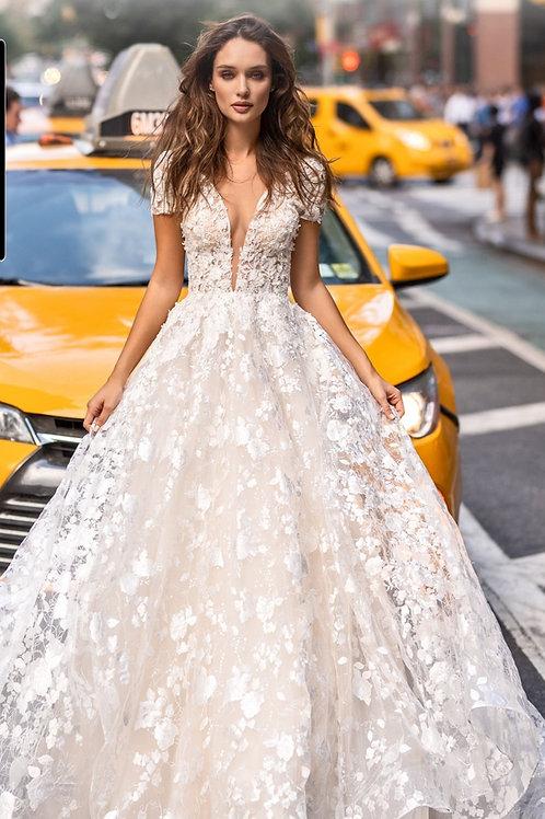 Elly Bride- Lori