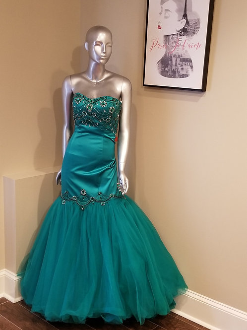 Green Sherri Hill Mermaid Gown