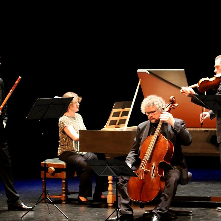 A concert at Monsieur Zimmermann's café / Engadin Festival