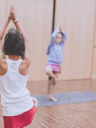 Yoga parascolaire _ Yogi Urbain.jpg