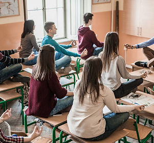 Meditation ado Yogi Urbain