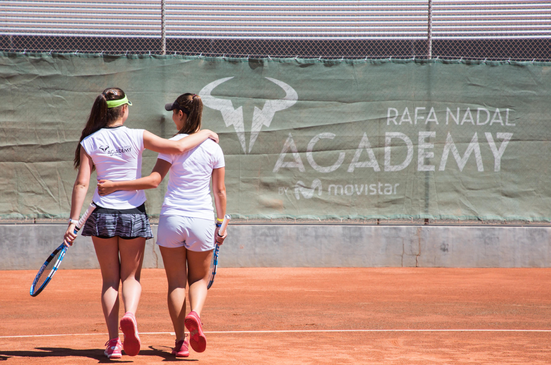Viajá y Jugá al Tenis