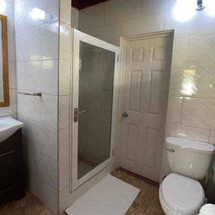 Superior family bathroom