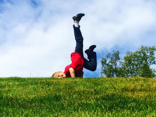 hip hop breakdance on the bluff in homer