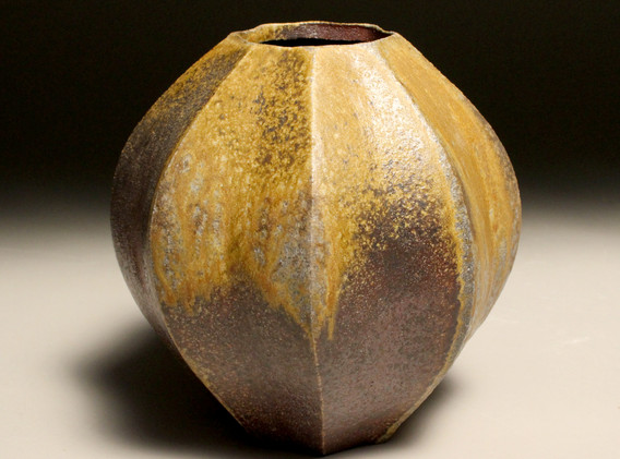 gourd vase2.jpg