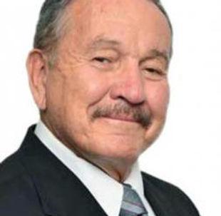 Dr._Víctor_Quintana_Silveyra.jpg