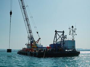 Des récifs artificiels, créateurs de vie en haute mer