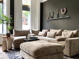 Liefde voor zwart! Mijn woonkamer makeover ism HOME MADE BY_