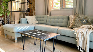 Thrifting in Ruzafa, Valencia, for a DIY marble coffee table