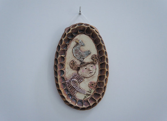 渡邊亜紗子 陶板「おとぎ話」 少女と鳥