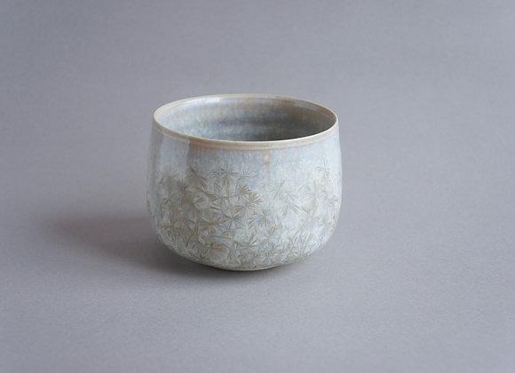 本間友幸 「雪の花」亜鉛結晶釉 茶盌