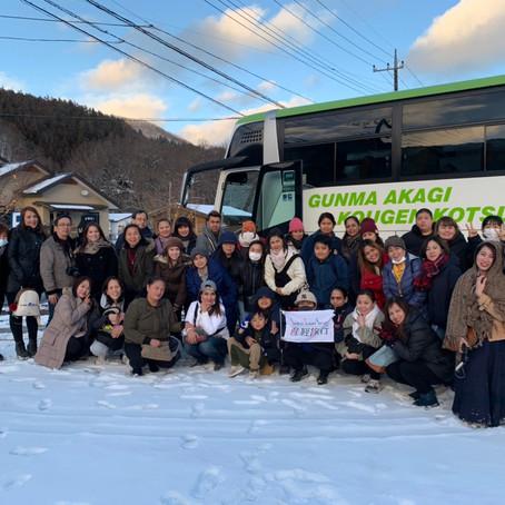 Snow Festival & Strawberry-picking Tour①