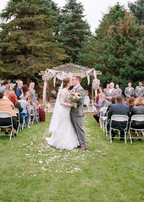 Lainsburg Wedding