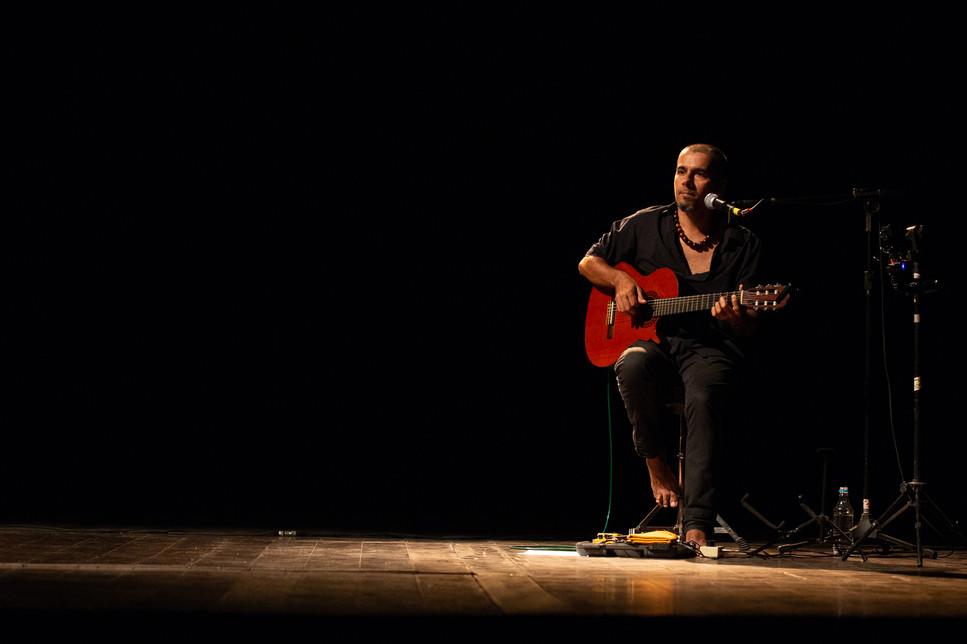 """Show com Gabriel Sabiá """"Pra que temer"""" Fotos Karib Ribeiro"""