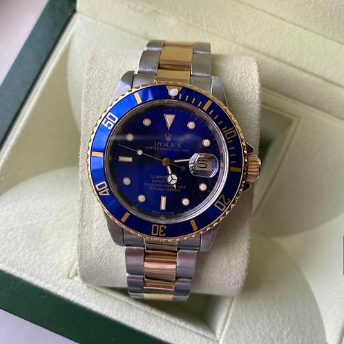 Rolex Submariner 16803 'Blue Kit'  1988, very good condition. Complete