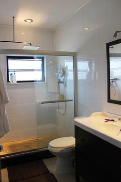 Bath 5 S Exuma