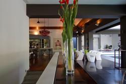 54-villa-stuart-entry & lounge