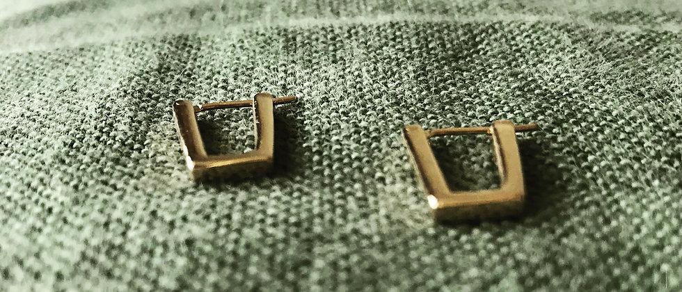 Trapezoid earrings (K18)