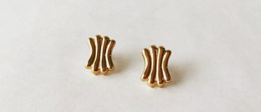 Rib earrings (K18)