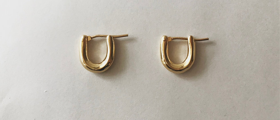 U earrings (K18)
