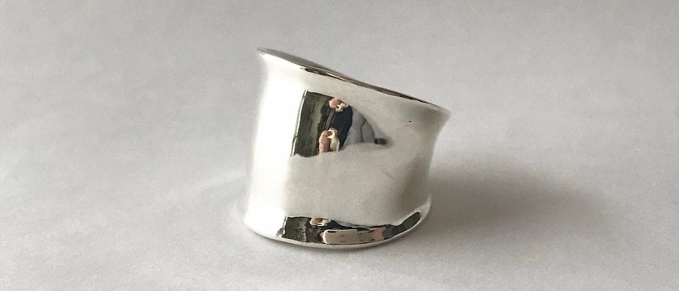 On [L] (Silver)