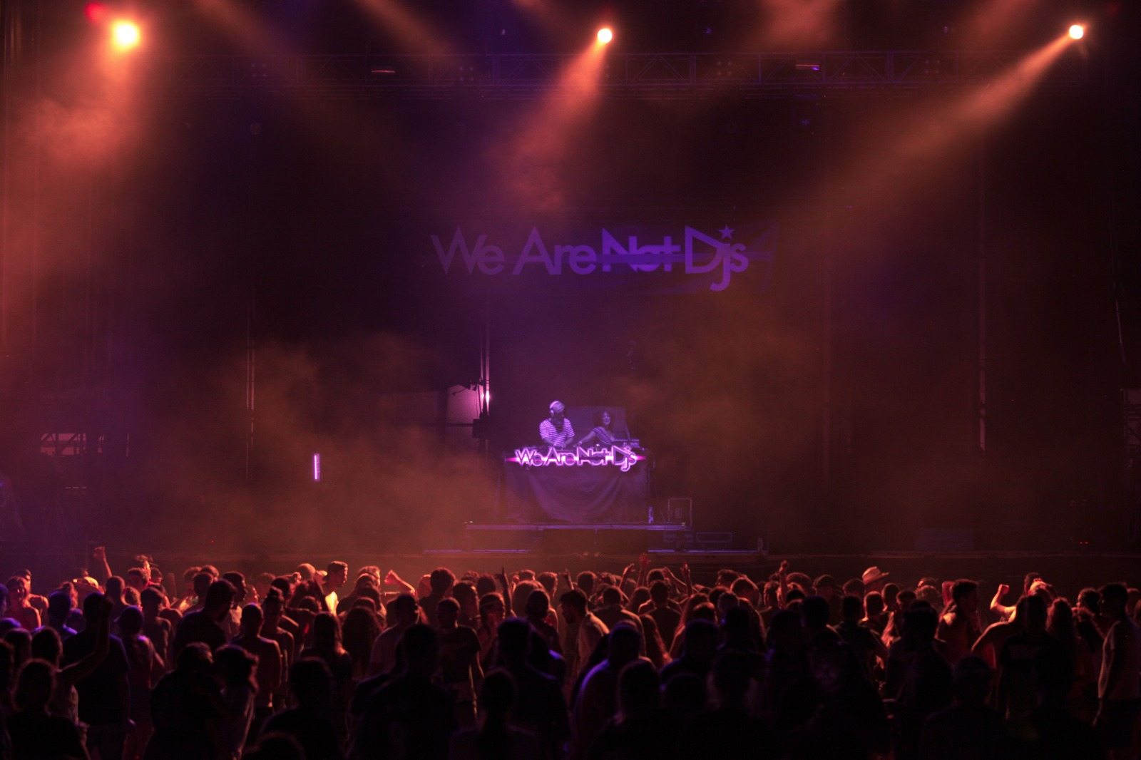 We Are Not Dj's 013 (by A.M. Piña).