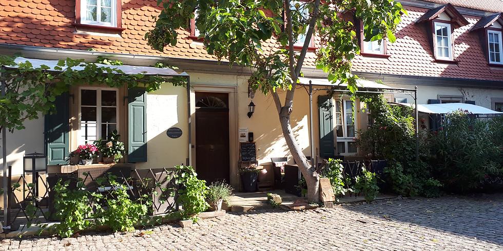 Weinverkauf im Alten Landhaus