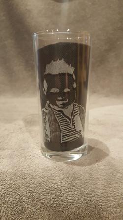 gravure enfant sur verre