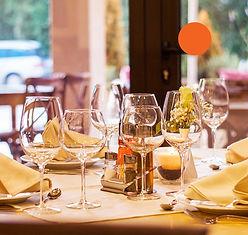 restaurant-449952_1920-p.jpg