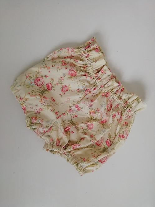 Vintage floral paperbag waist shorts