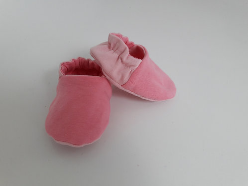 Pink baby slippers/booties