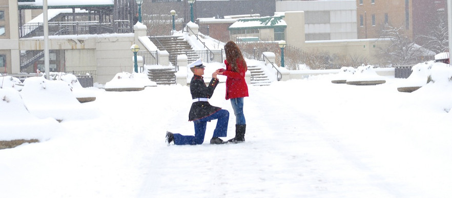 PUBLISHED- Shutterfly- 58 Wintery Christmas Engagement Photo Ideas