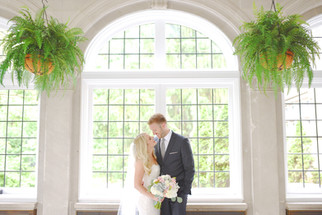 Laurel Hall Indianapolis Indiana Wedding Photographer