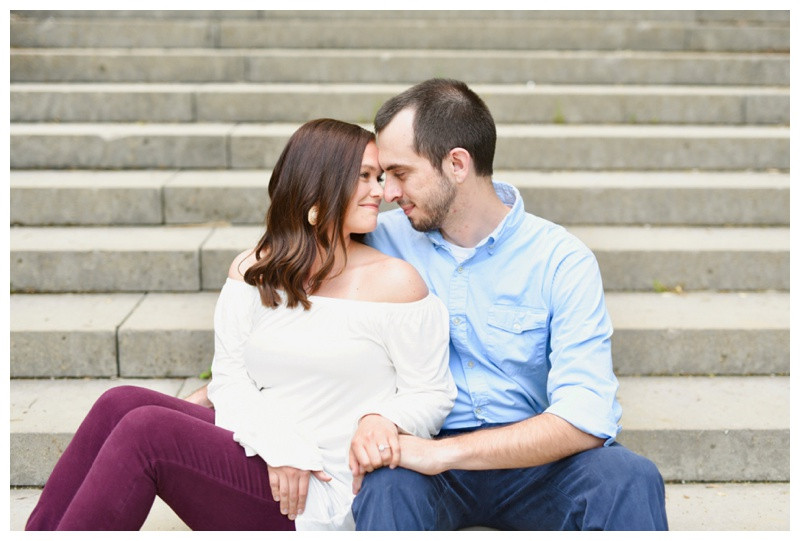 Engagement Outfit Ideas Indiana Wedding Photographer Holcomb Gardens Indianapolis