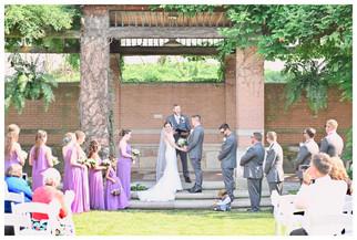 Indianapolis Indiana Zoo Wedding Photogr