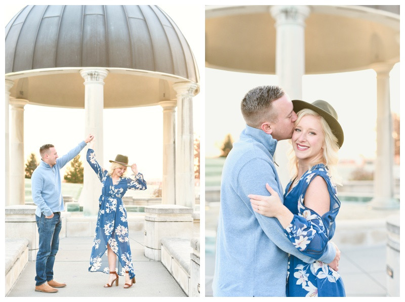 Engagement Outfit Ideas Indiana Wedding Photographer Coxhall Gardens Carmel