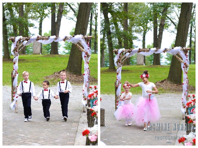 Cosgray Christmas Tree Farm Idaville Indiana Wedding Photographer Photography