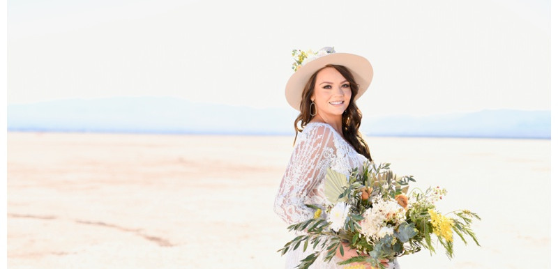 Las Vegas Nevada Dry Lake Styled Shoot: Christine & Jackson