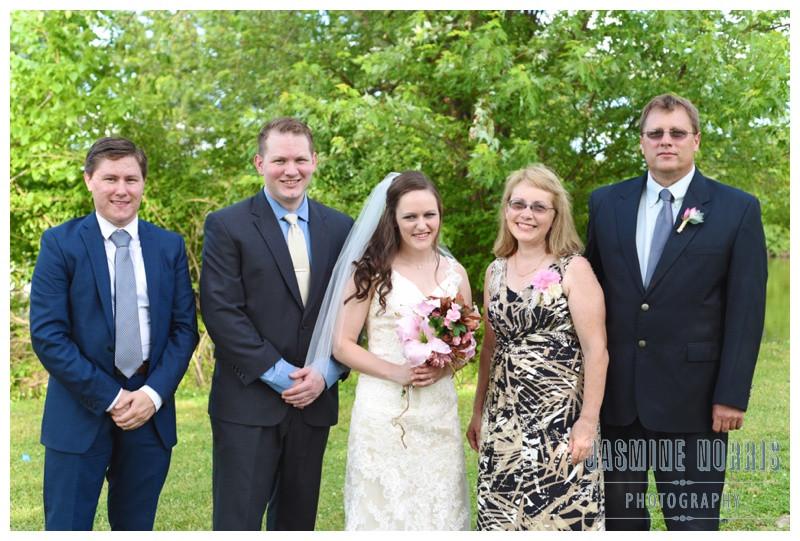 Illinois Coyote Cabin Retreat Wedding Photographer