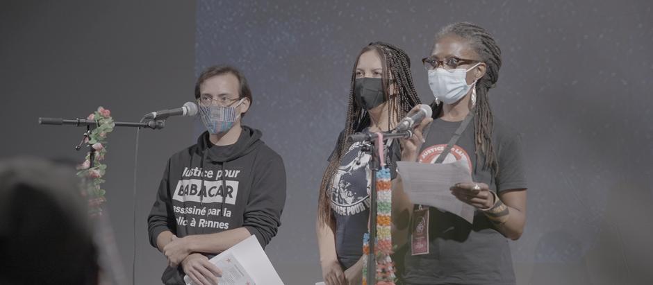 Ante la delegación zapatista, se denuncia la brutalidad policiaca y crímenes de Estado en Francia