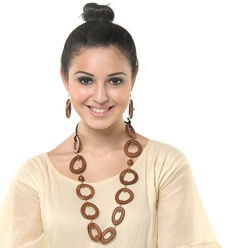 HAUTE SPROUT - WOODEN NECKLACE - WC425