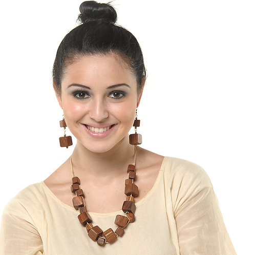 HAUTE SPROUT - WOODEN NECKLACE - WC415