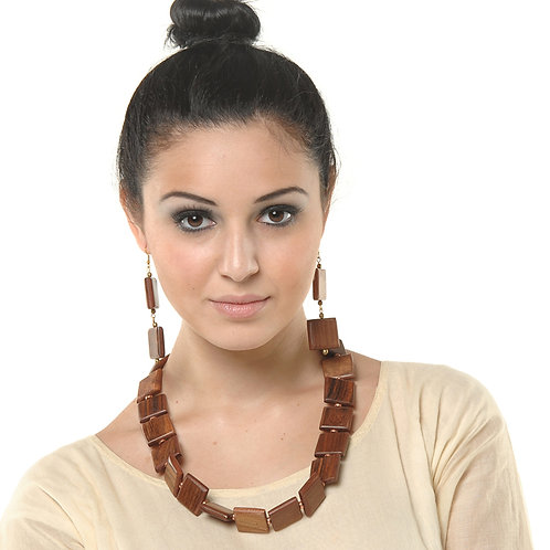 HAUTE SPROUT - WOODEN NECKLACE - WC410
