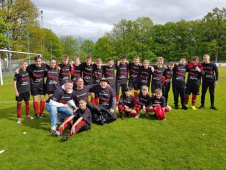 C-Jugend der SG Huchenfeld / Biet feiert Meisterschaft