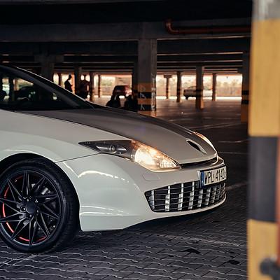 Aston Laguna   : )