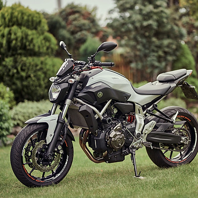 Yamaha MT-07 White